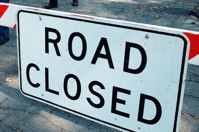 Road Closed_5702558249033025209