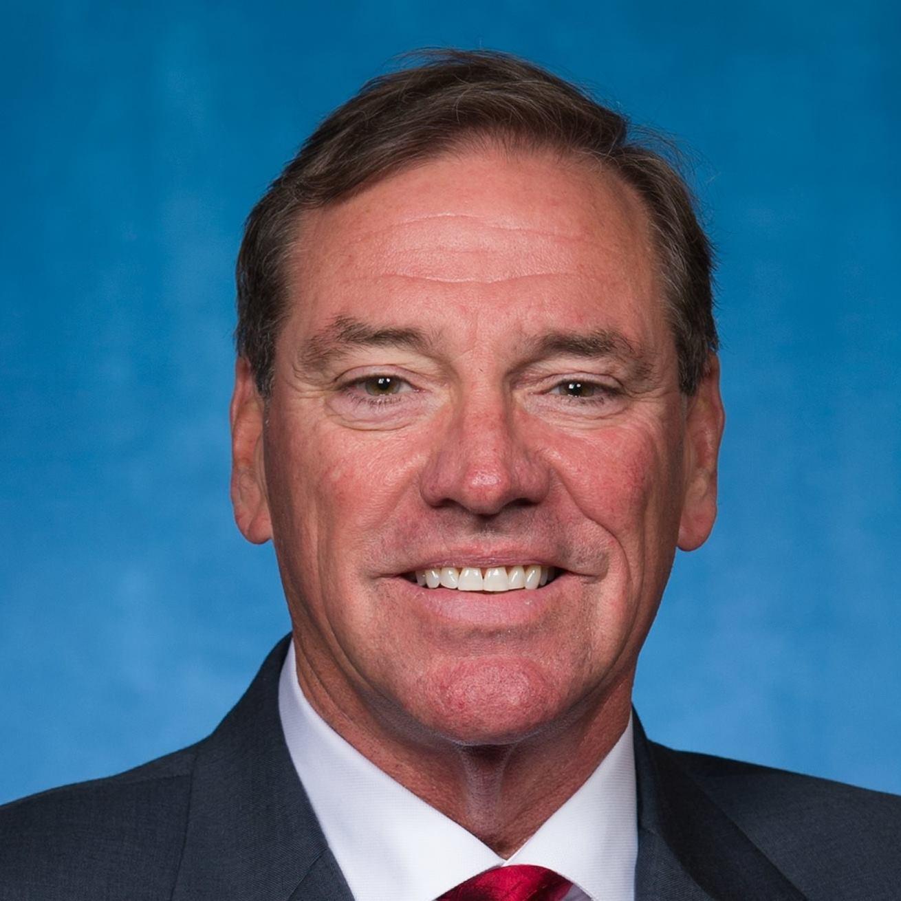 Neal_Dunn,_official_portrait,_115th_Congress_1489698059638.jpg