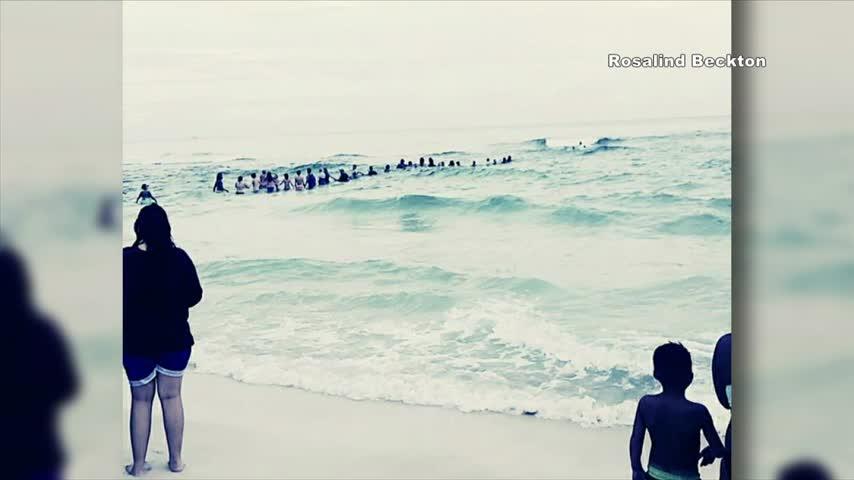 10P Panama City Beach Human Chain