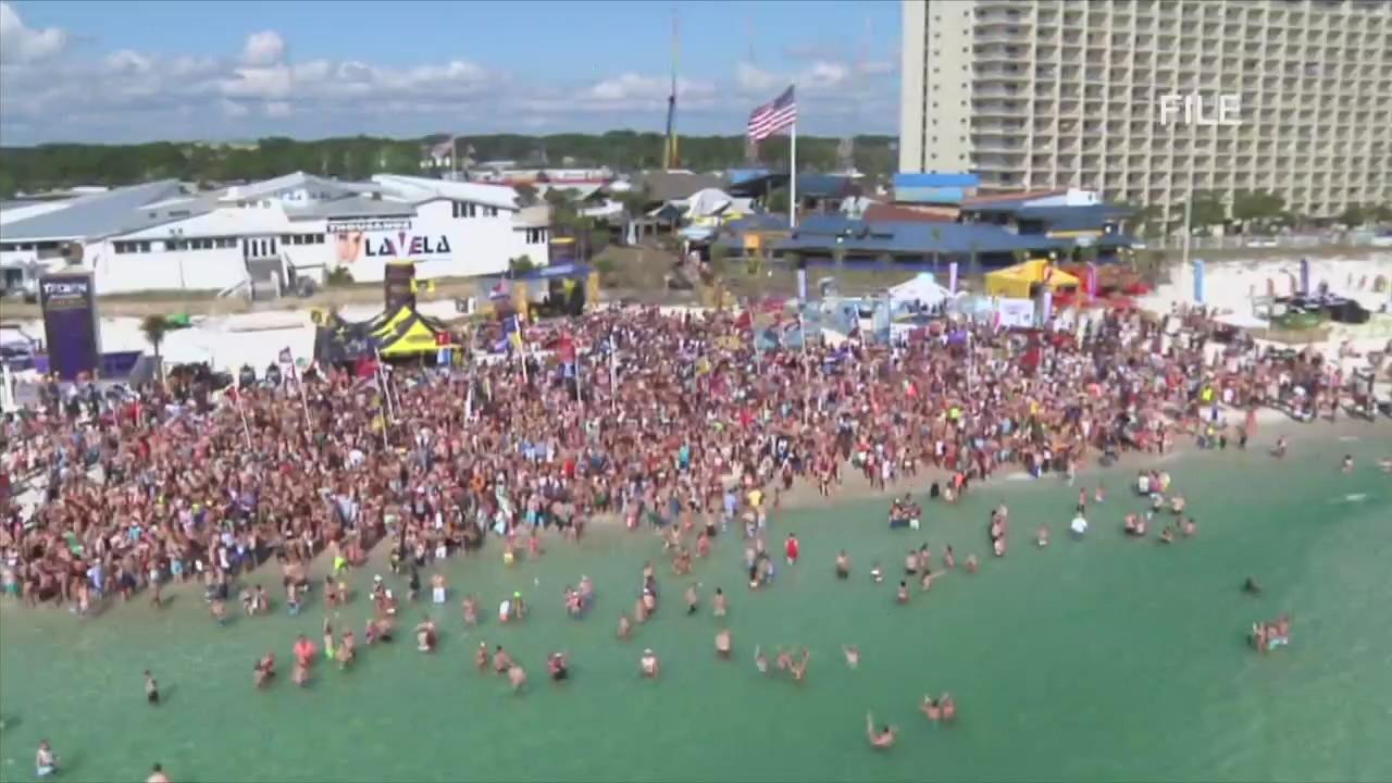 Panama City Beach Christmas Events 2021 Panama City Beach Identity Crisis Spring Break Making A Return