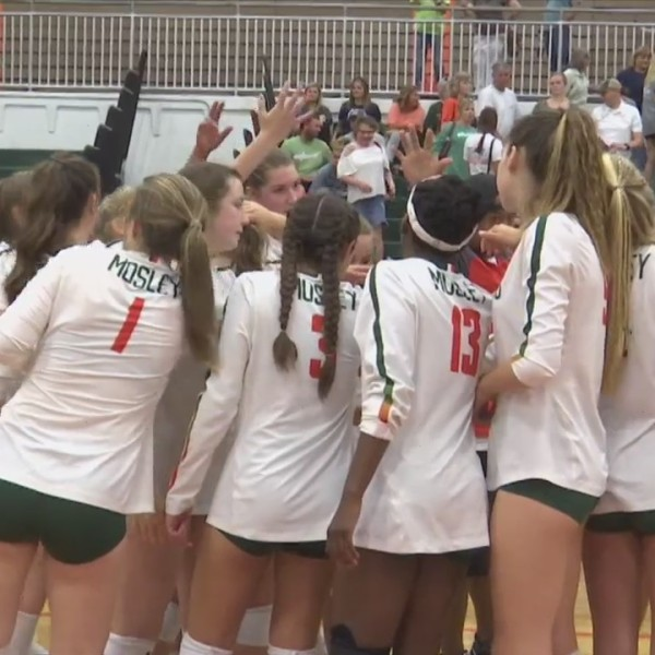 Mosley Clinches Top Seed