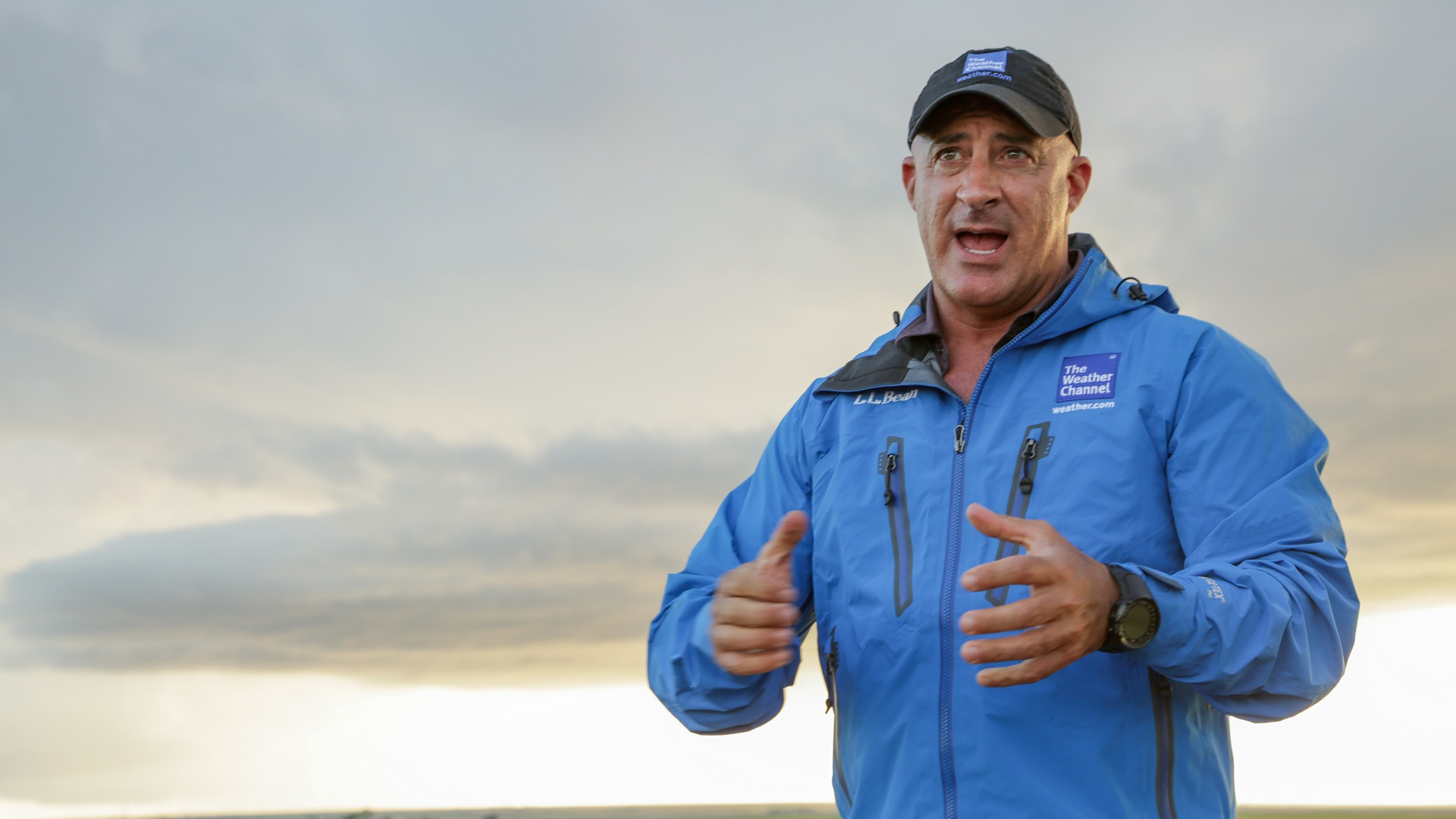 The Weather Channel's Jim Cantore covering severe weather in Oklahoma City, OK on May 9 _1539039822216-846652698