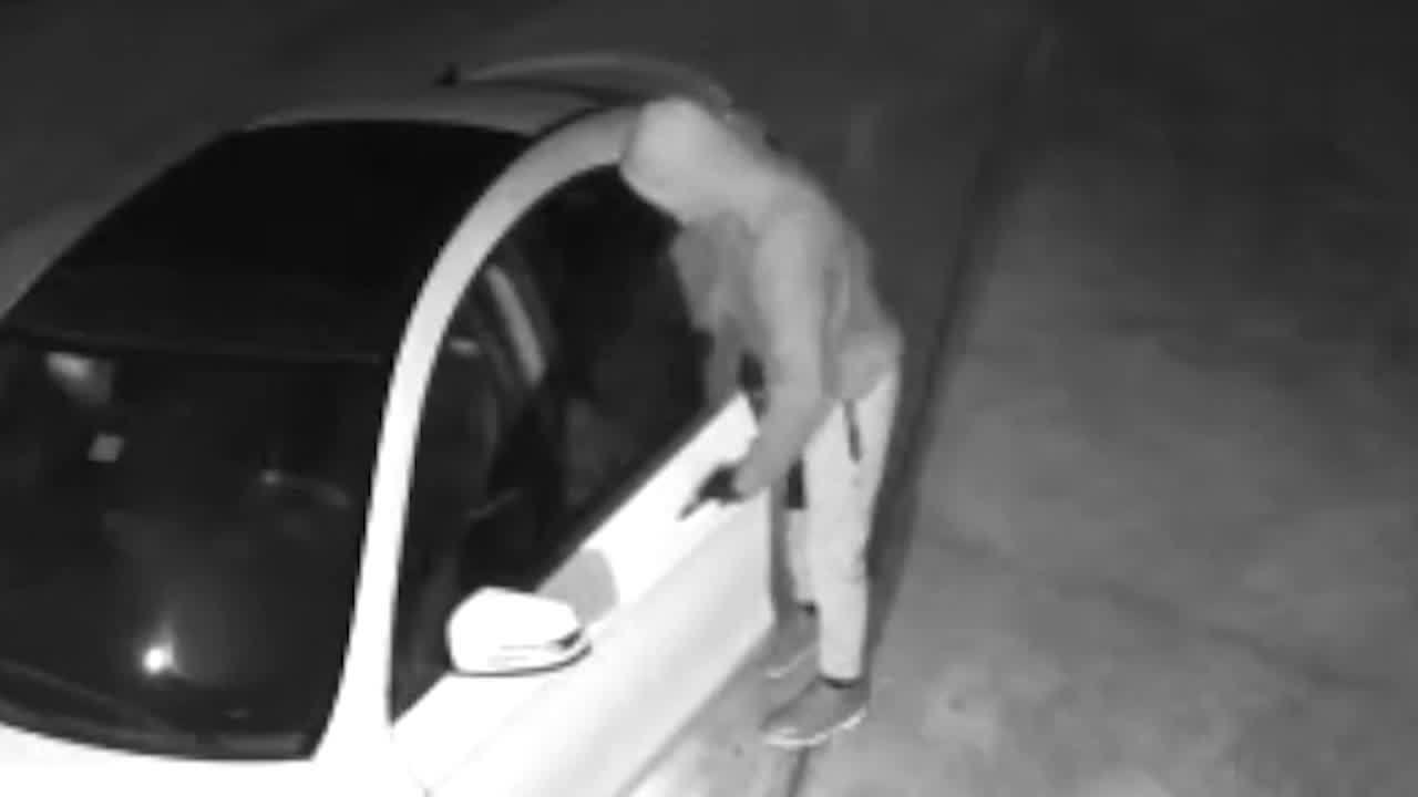 walton_car_burglaries_7_20181127021259