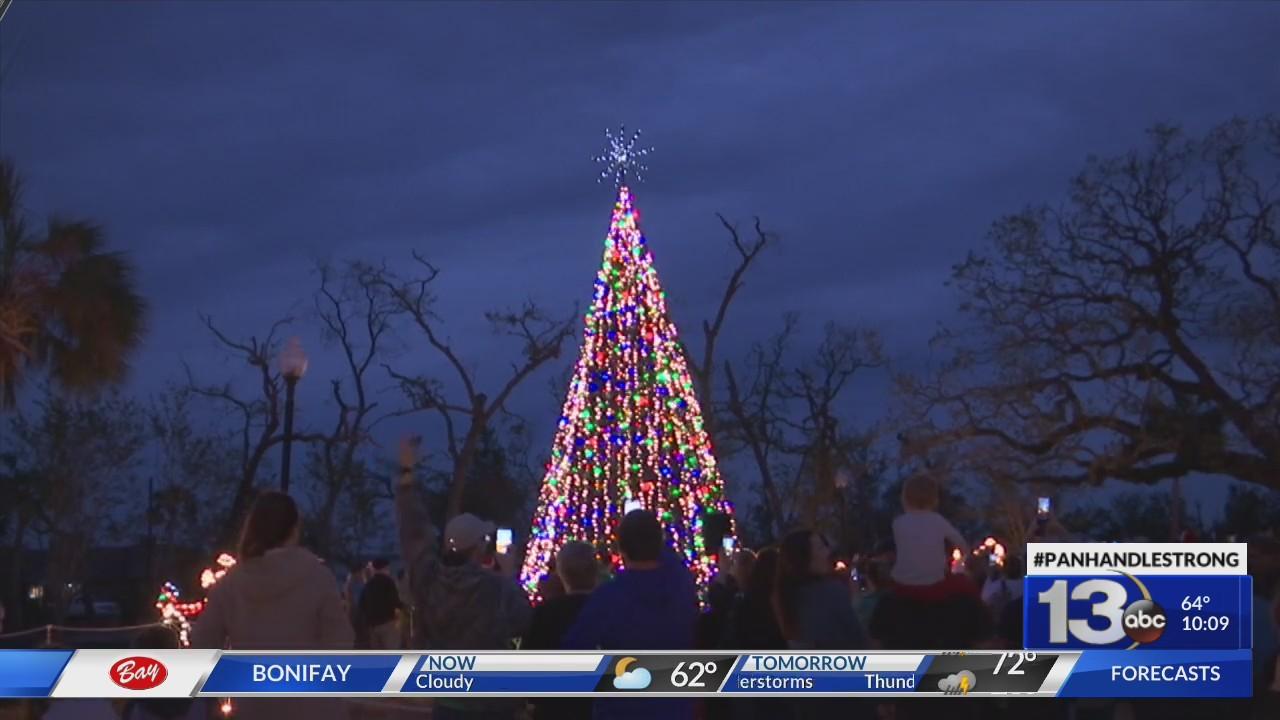 Camarillo Christmas Tree Lighting 2021 Panama City Lights Christmas Tree At Oaks By The Bay Park