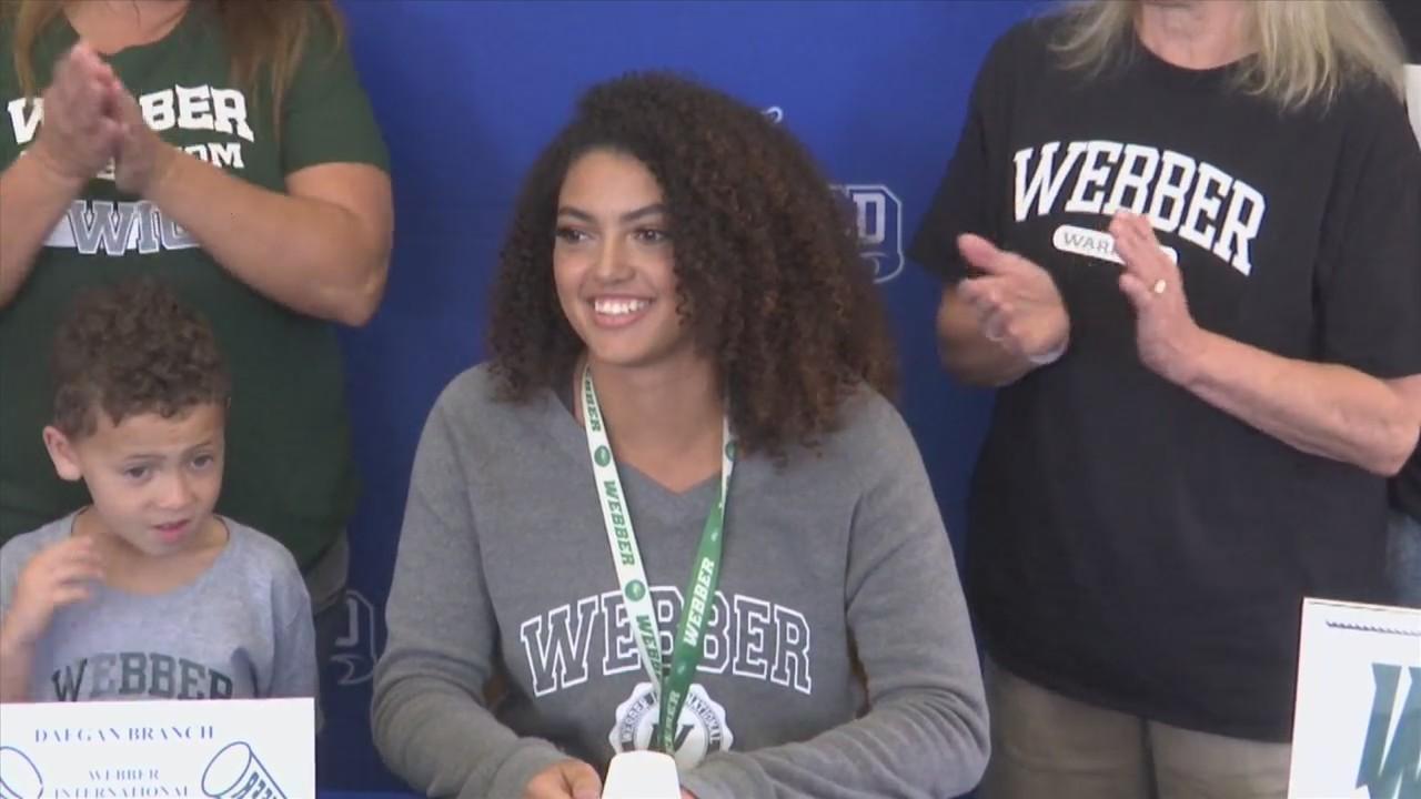 Arnold cheerleader Daegan Branch signs to Webber International University