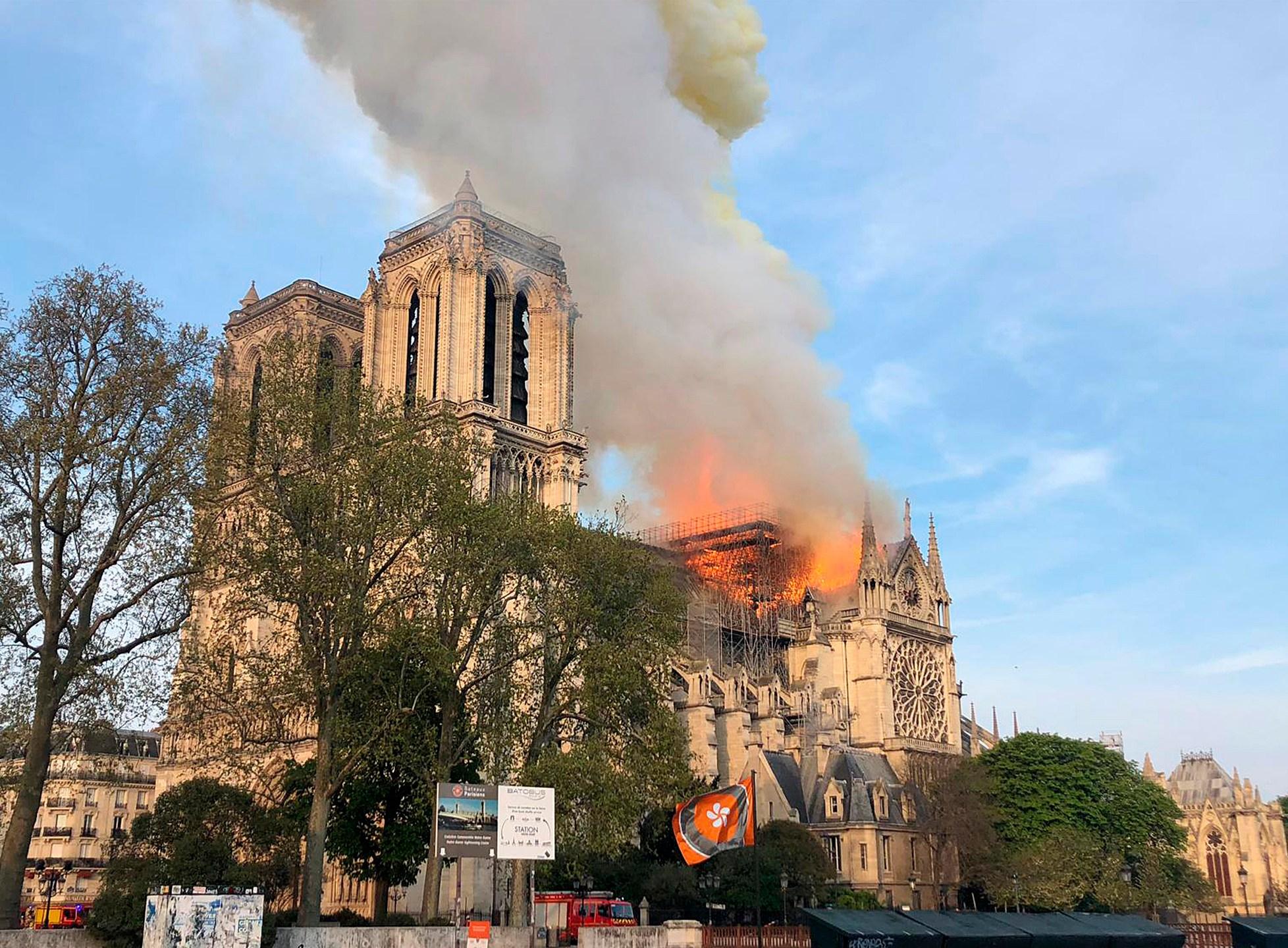 APTOPIX France Notre Dame Fire_1555351412013