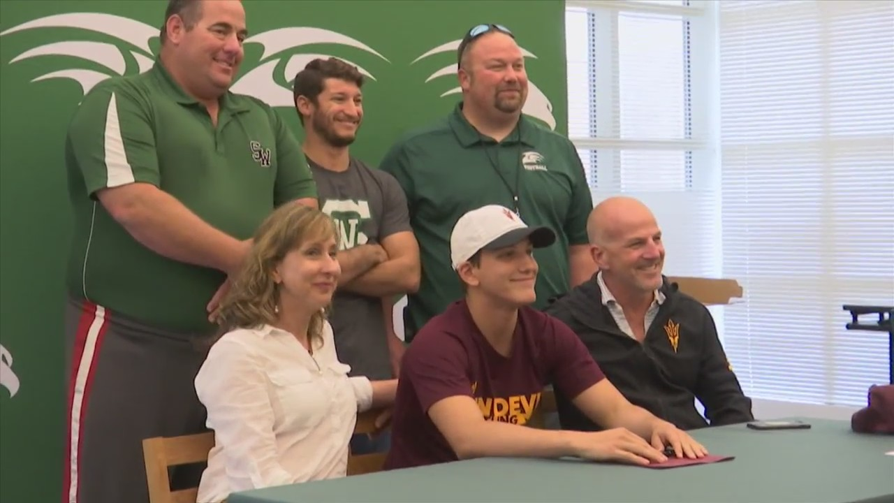 Ethan Pickren signs to Arizona State