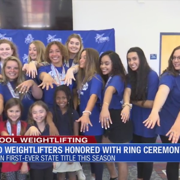 Arnold weightlifting team honored with ring ceremony