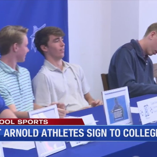 Eight Arnold athletes sign to college