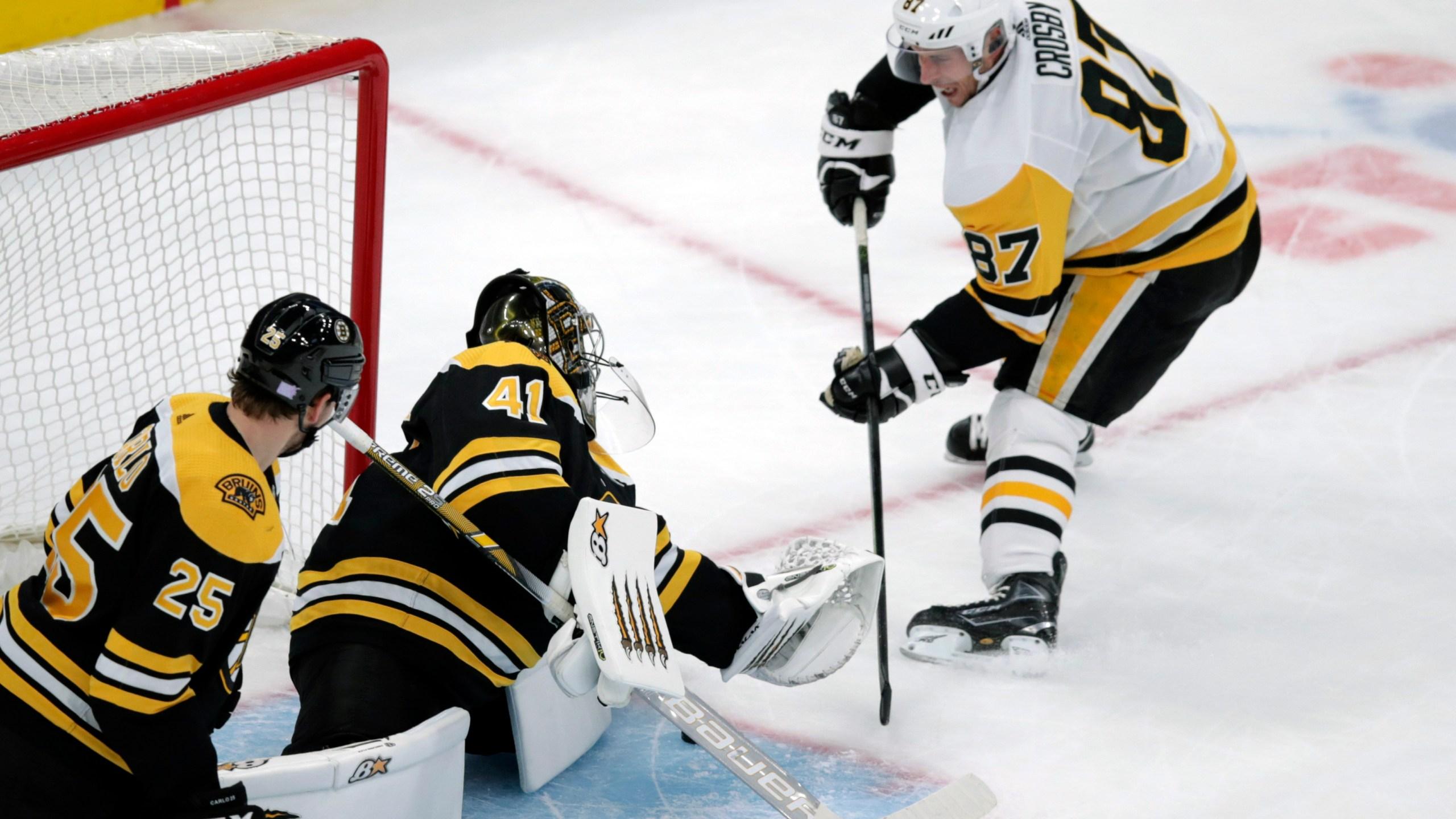 Jaroslav Halak, Sidney Crosby